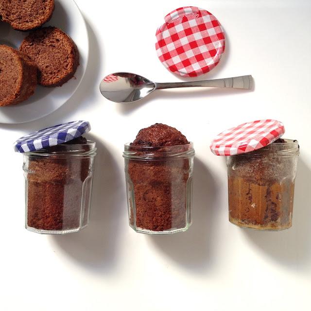 cake en bocal, recette cake en bocal, recette cake en bocale, cake en bocale, comment faire un cake en bocal, mesearticlesdujour, mes articles du jour, les articles du jour, meilleur blog, blog pratique, blog illustration, blog d illustratrice, illustratrice, illustrateur, illustration, oeuf, huile, recette cake a l huile, recette cake legere, recette cake leger, recette cake, recette cake facile, recette cake au chocolat, recette de quatre carts, recette inratable de cake.