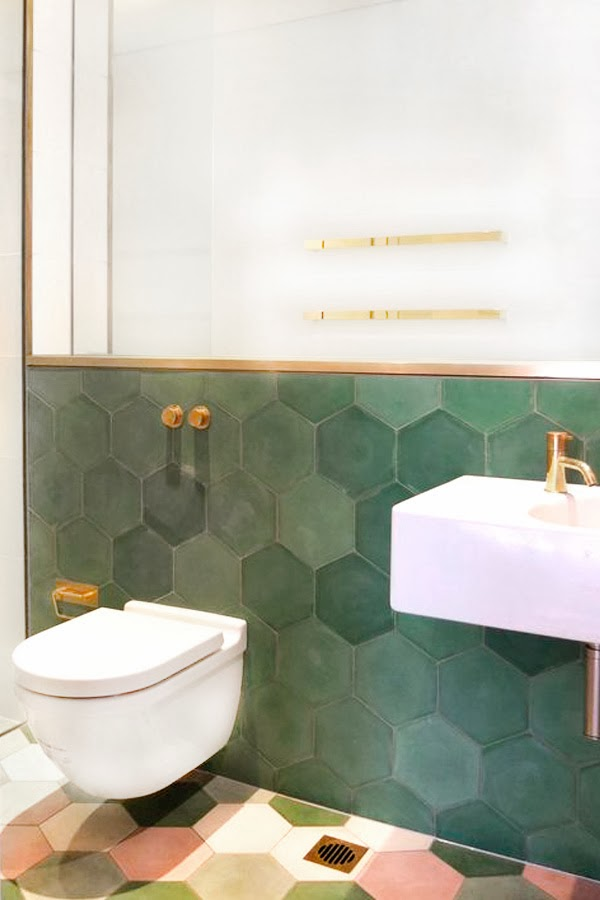 chicdeco bathroom trends honeycomb tiles and brass 18763