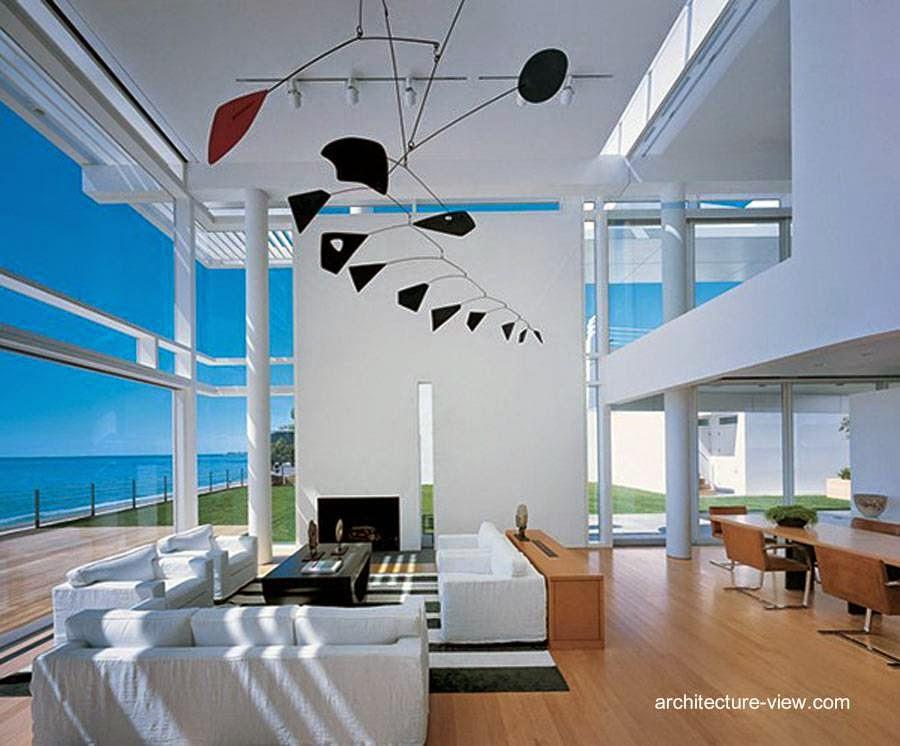Diseño y decoración interior en la sala de una moderna casa de playa