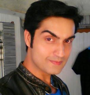Kunal Bakshi Sebagai Devraj Indra