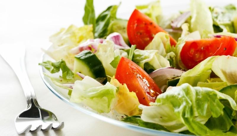 11 Manfaat Mengonsumsi Salad Sayur Jika Ingin Hidup Bahagia
