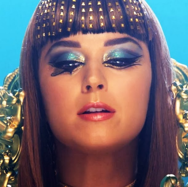 Beautiesmoothie Katy Perry Dark Horse Video Makeup Looks-2804