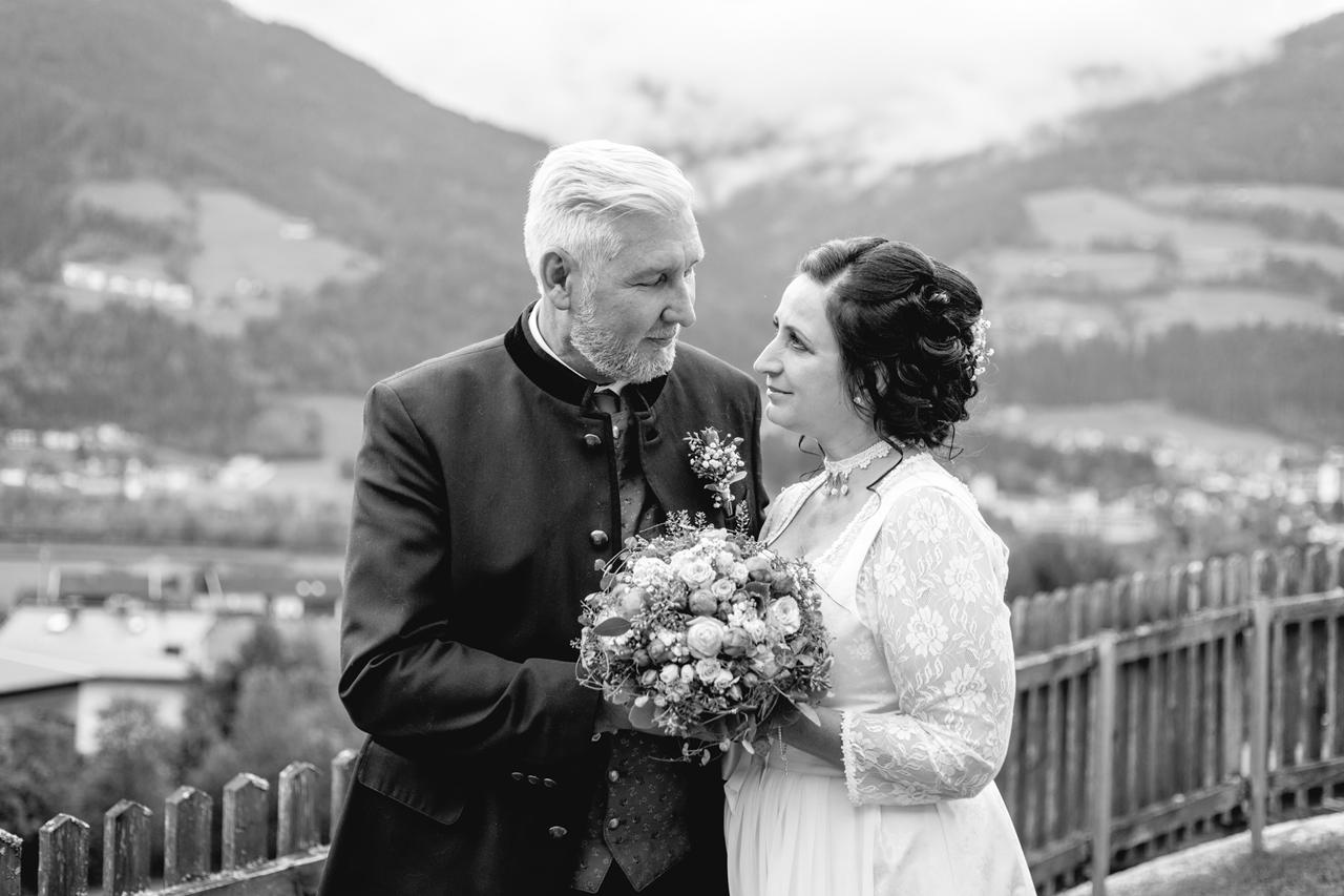 Ein Dekoherzal in den Bergen: IM ZILLERTAL wurde geheiratet,,,,,,,