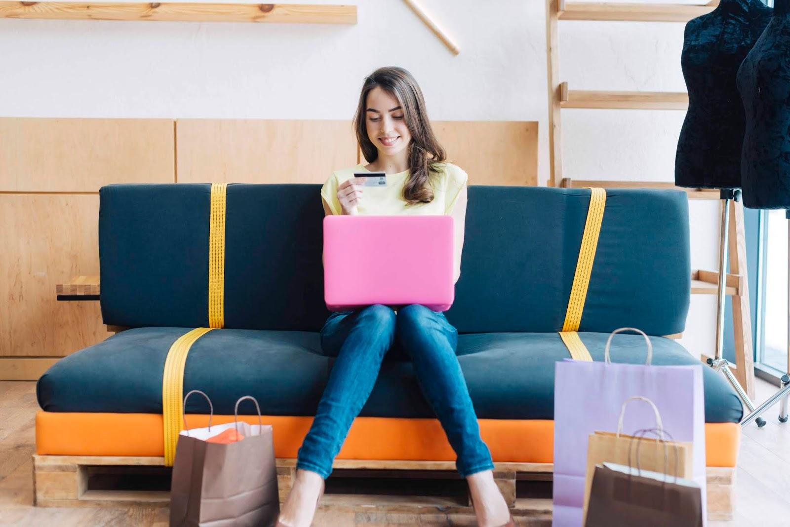 Peran Komputer dalam Dunia Bisnis dan E-commerce