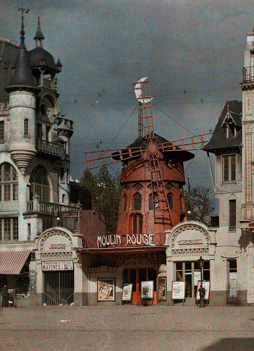 40 Old Color Pictures Show Our World A Century Ago - Moulin Rouge, Paris, 1914