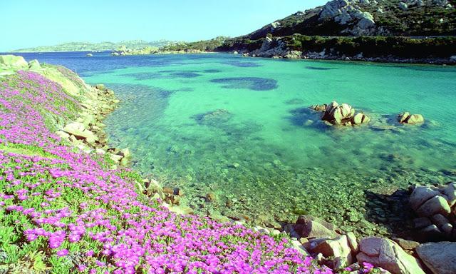 Praias em Sardenha