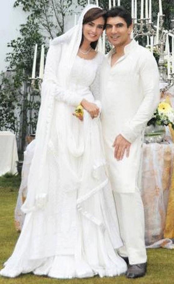 TNZ: Paparazzi For U: Mehreen Syed Wedding Photos with Ahmed Sheikh/