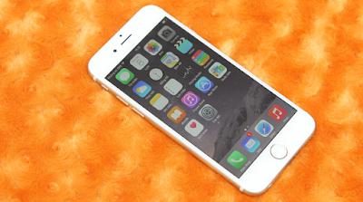 Thay pin mới cho điện thoại iPhone 6