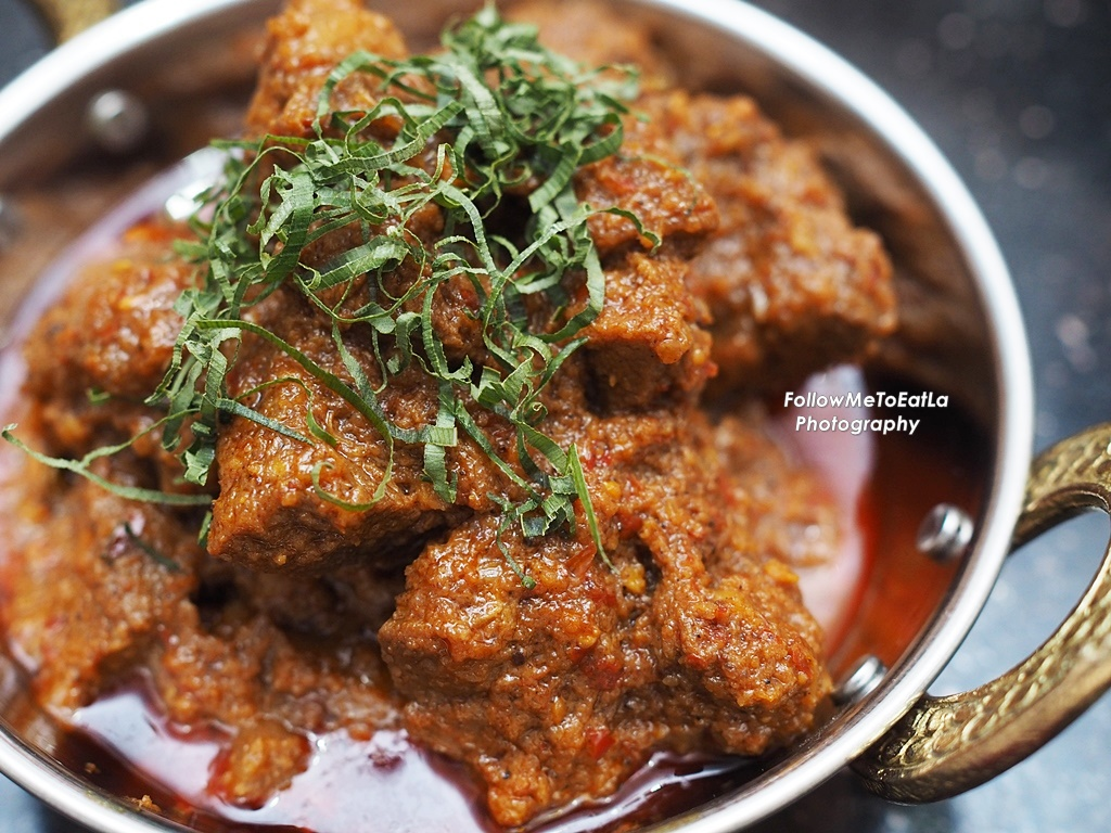 Follow me to eat la malaysian food blog simple easy beef rendang simple easy beef rendang recipe with rempah ratus mak siti forumfinder Gallery