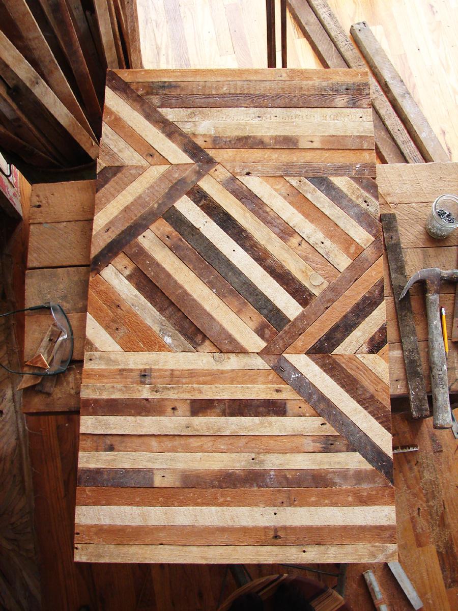 Furniture And Wood Shavings Ariele Alasko