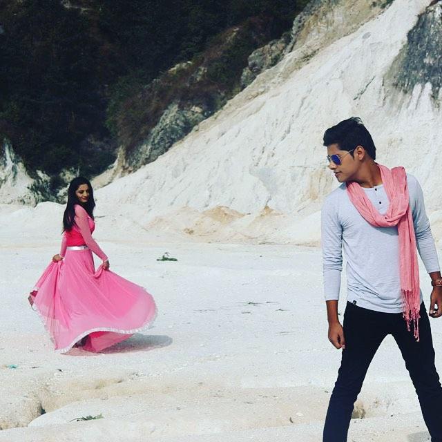 Latest Nepali Song Download On 320kbs: EUROPNEPAL.COM: TIMI NAI HAU By Shyam Shwet Rasaili