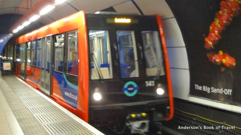 安德生遊記之運輸旅遊專刊: 倫敦船塢輕軌&地上鐵