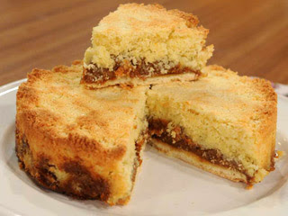 Torta con dulce de leche y coco