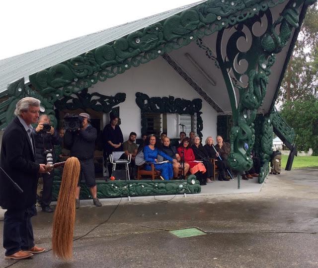 Jacob Scott having just unveiled 'Tusitala' before presenting it to Selina