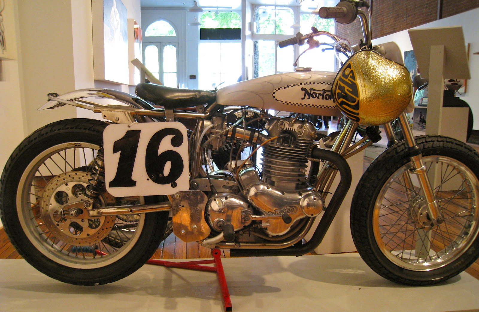 Building Speed: 1969 Norton/ Redline