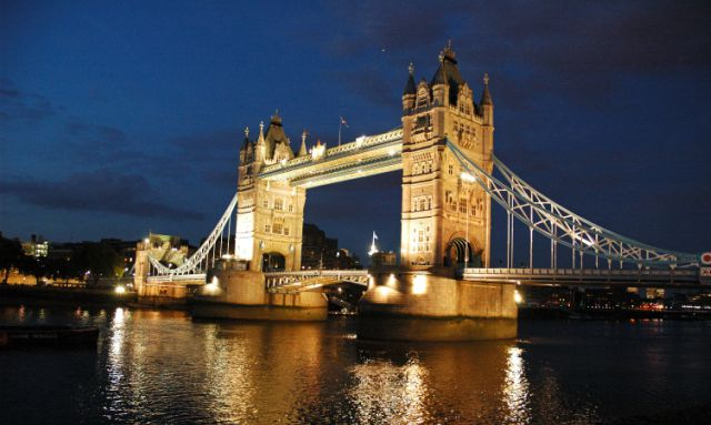 londra-tower-bridge-poracci-in-viaggio