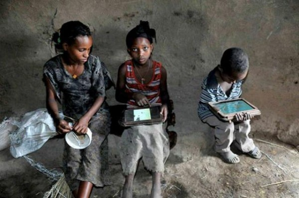 Illiterate Ethiopian kids hack Motorola Xoom