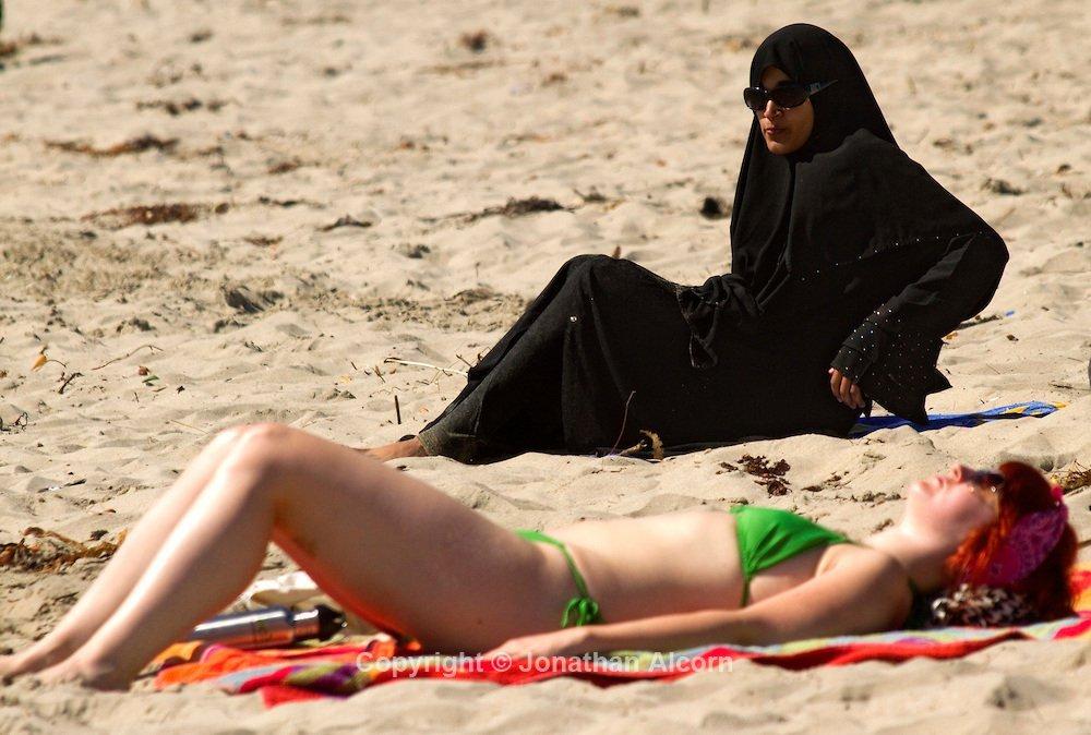 Burka vs bikini galleries
