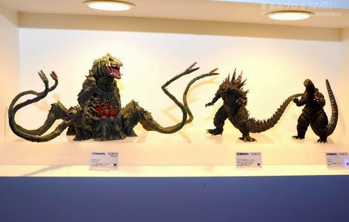 The Kaiju Planet: MonsterArts Gigan 2004 Unveiled ...