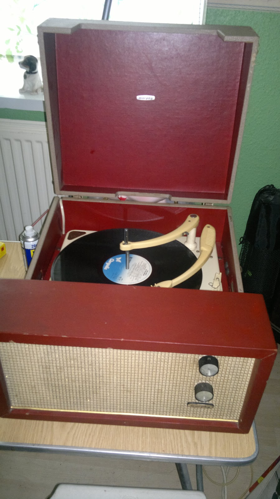 This Is Paul Burns Music A 1950s Record Player Bettter