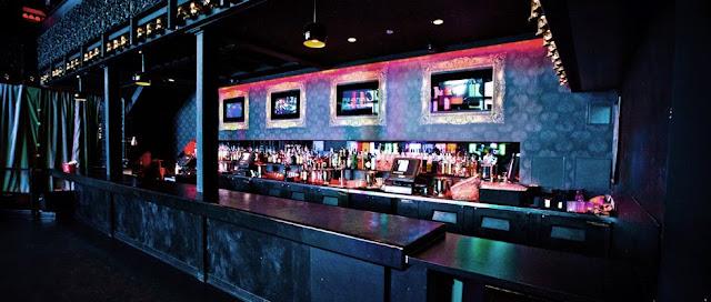 Diversão na balada Voyeur Nightclub em San Diego