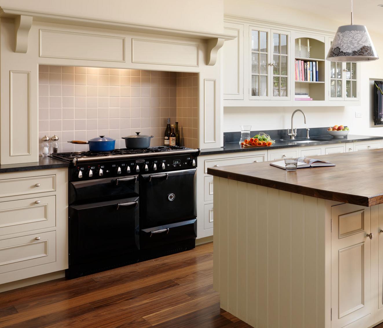 Kitchen Chimney Interior Design: David Dangerous: Kitchen Chimney Designs