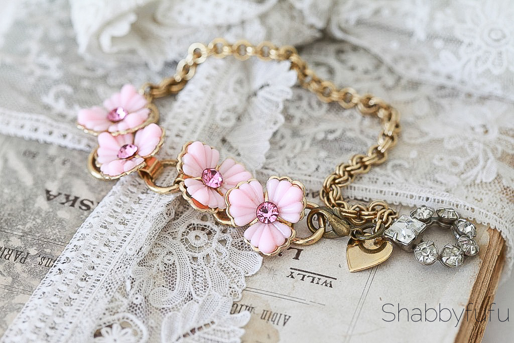 shabby chic necklace by shabbyfufu