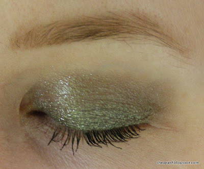 L'Oreal Infallible Eye Shadow in Gilded Envy