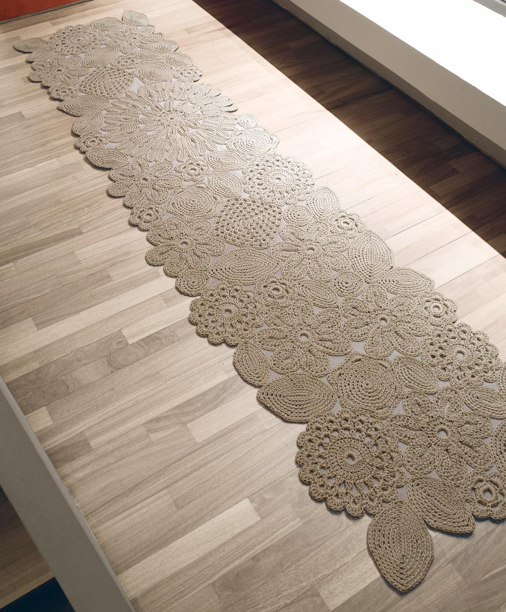 Em rita desastre crochet alfombras para so ar for Alfombras hechas con lana
