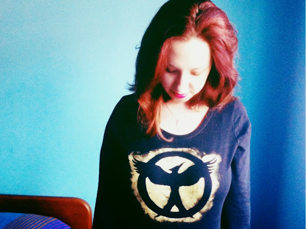 DIY MOCKINGJAY T-SHIRT