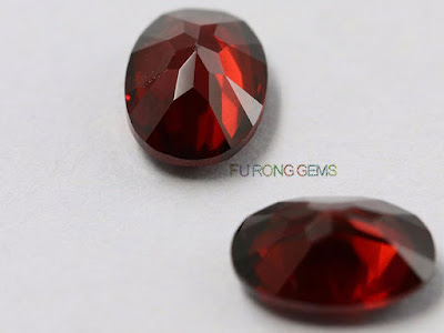 Natural-Mozambique-garnet-Red-Oval-Shape-Gemstone-Suppliers