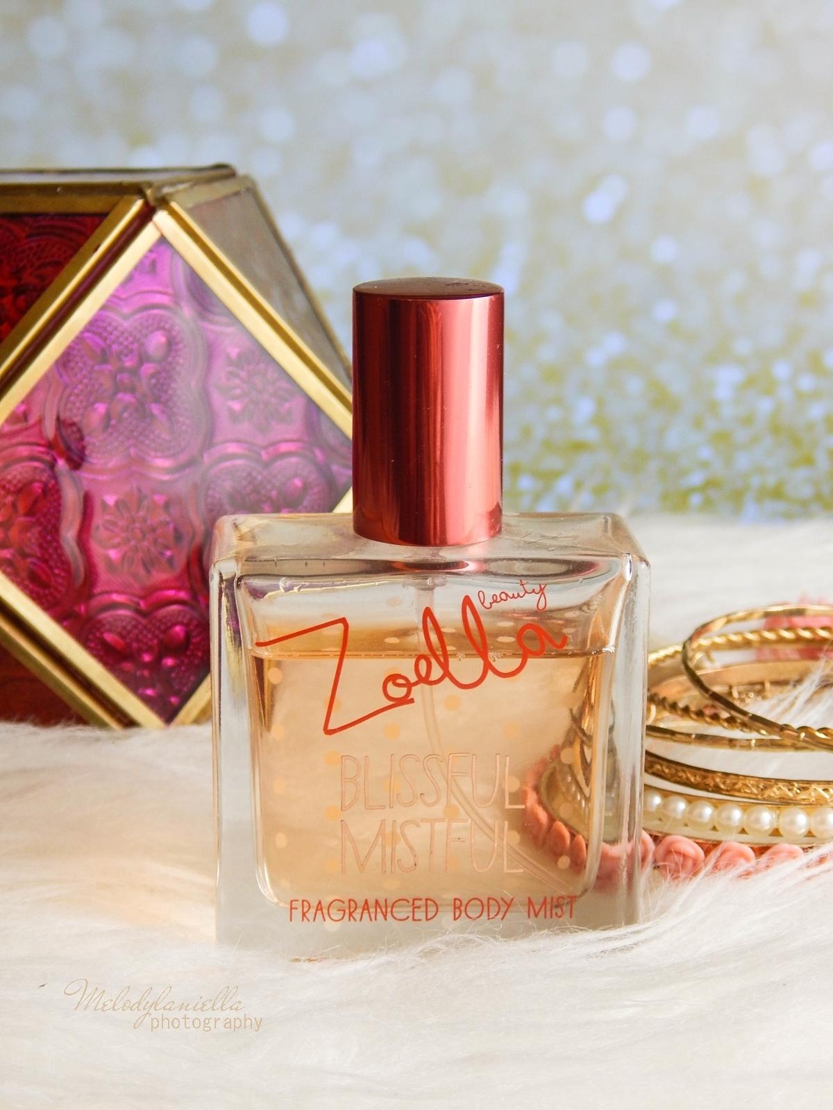 Zoella Blissful Mistful perfumy Zoella Beauty Superdrug recenzja kosmetyki Zoe Sugg moje ulubione perfumy na zimę melodylaniella style lifestyle blog