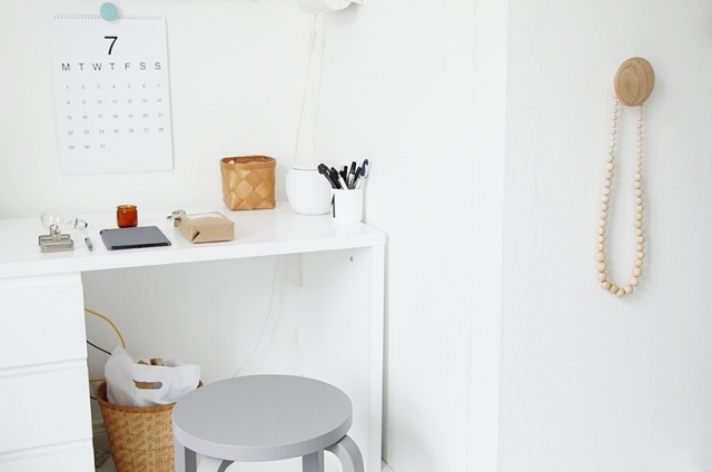 Muuto hang Aalto stool