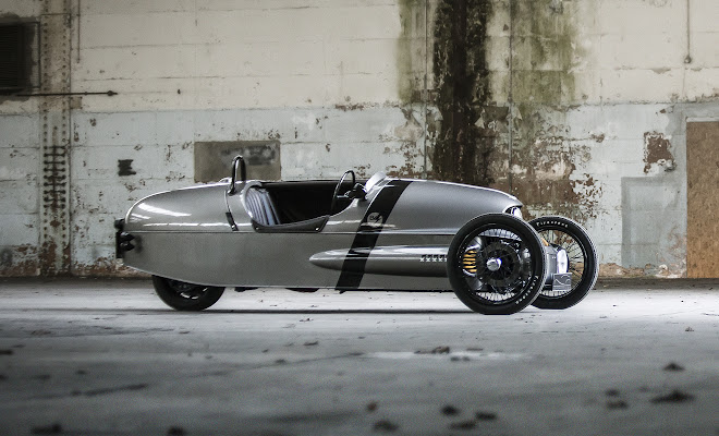 Morgan EV3 side view