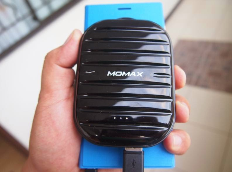 Momax iPower GO Mini Review: Suitcase of Power