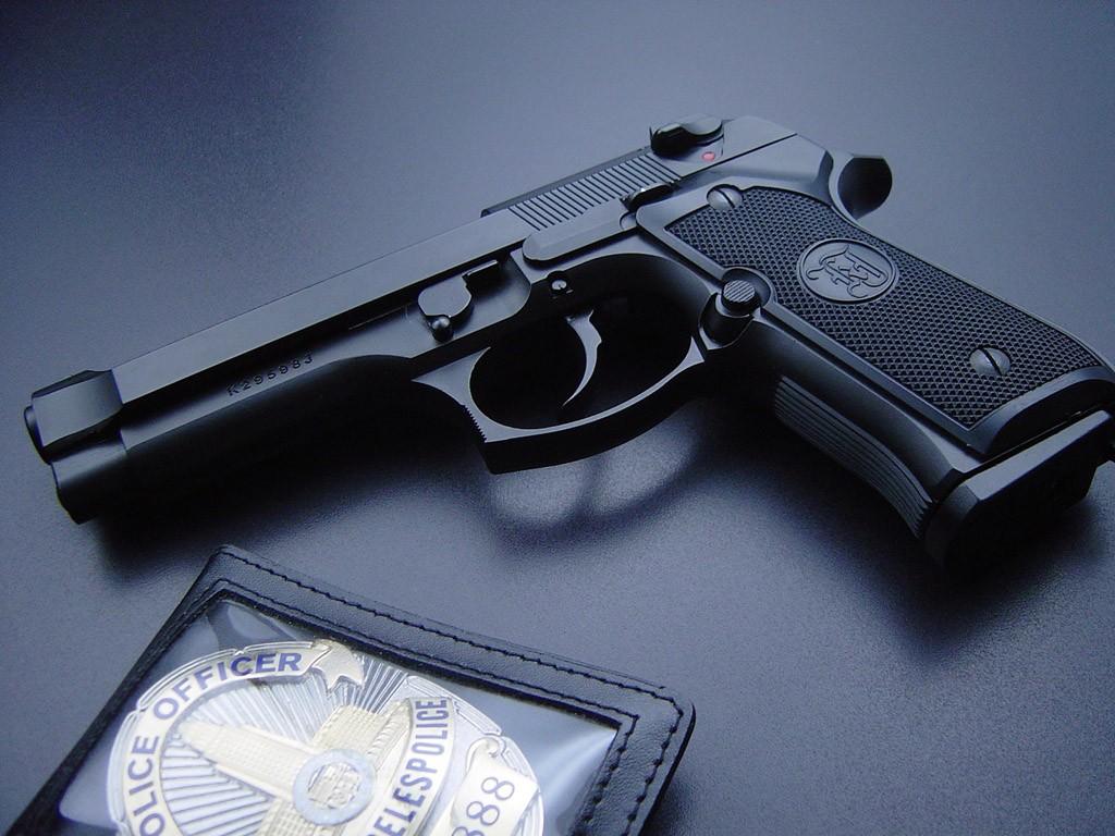 wallpaper: 9mm pistol wallpaper download