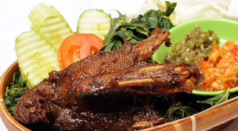 bebek sinjay kuliner madura dari Bangkalan