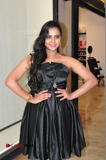 Actress Manasa Himavarsha Pictures in Black Short Dress at The Great Hydrerabad Life Style EXPO II  0020.JPG