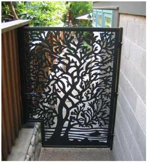 model pintu samping rumah minimalis besi