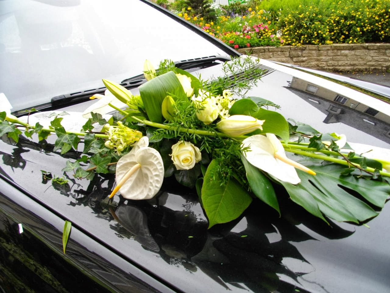 Wedding decorations car  nuray akkaya enurayakkaya on Pinterest