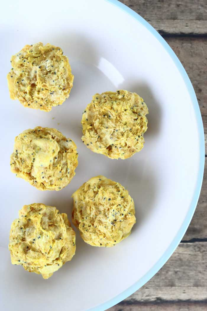 Need soap making ideas? Learn how to make rebatched soap with this easy soap making tutorials.  Making homemade soap with essential oils for your hands or for the bath is easy this way.  You can save soap or buy new soap with this soap making easy ideas.  Get soap ideas with this lemon poppy seed muffin rebatched soap recipe.  #soap handmilled #rebatched #lemon