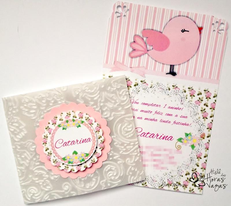 convite artesanal aniversário infantil passarinho jardim provençal floral rosa delicado bebê 1 aninho envelope vegetal texturizado