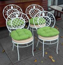 Uhuru Furniture & Collectibles Sold Reduced Vintage