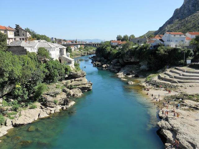 ponte su un fiume a Mostar