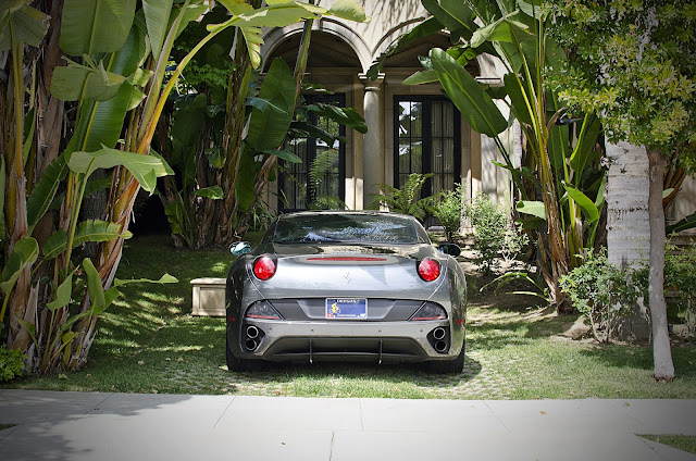 フェラーリ壁紙「Ferrari California」