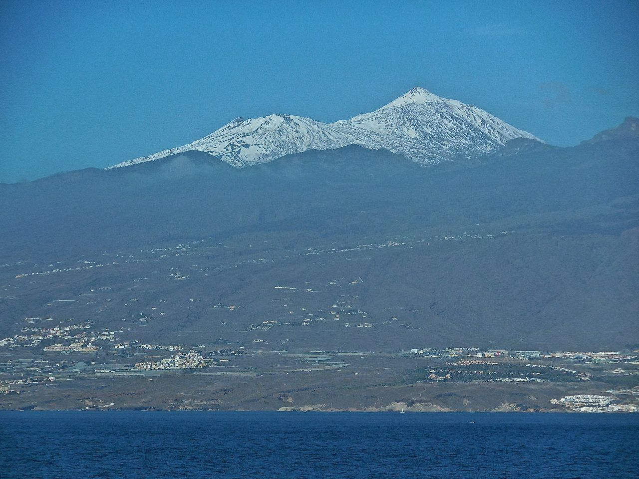 LA GOMERA ISLAND (Canary Islands): ...and There Was Snow