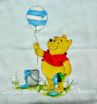 pintura em fralda ursinho pooh com balao