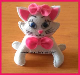 Boneka kucing cantik angela dari kain flanel