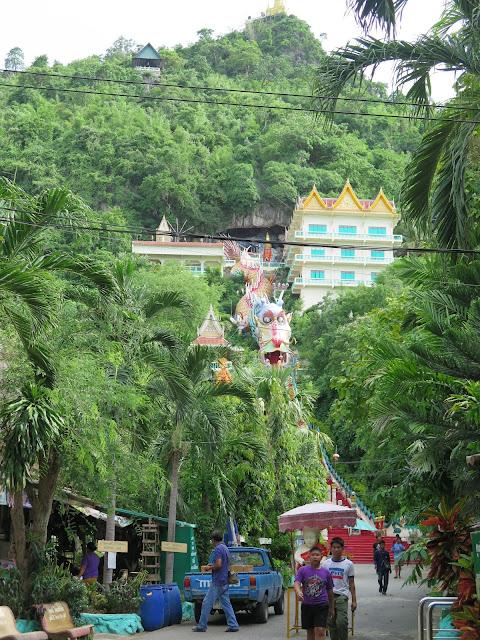 Wat Ban Tham - Kanchanaburi
