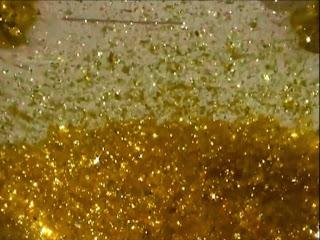 Percobaan Membuat Hujan Emas